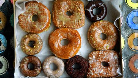 Glacê usado em donuts resiste a temperaturas maiores, mas tem gordura trans.