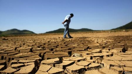 Brasil sente os efeitos das altas temperaturas e de chuvas insuficientes.