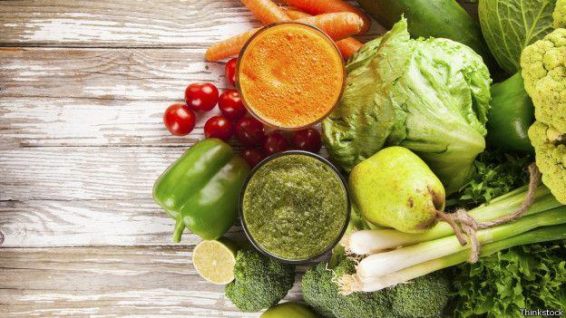 Há algumas recomendações que podem ser seguidas para diminuir a perda de nutrientes na hora de cozinhar os alimentos.