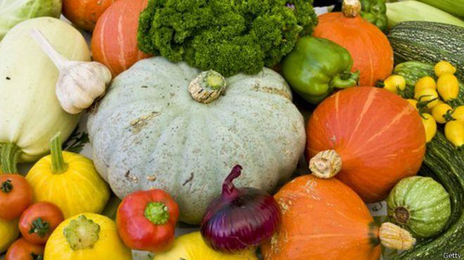 Ao cozinhar verduras e vegetais, eles perdem alguns de seus nutrientes.