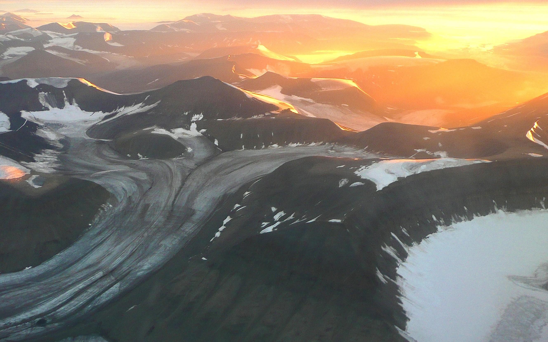 Geleira em retração em Svalbard, Noruega (Foto: Claudio Angelo/OC).